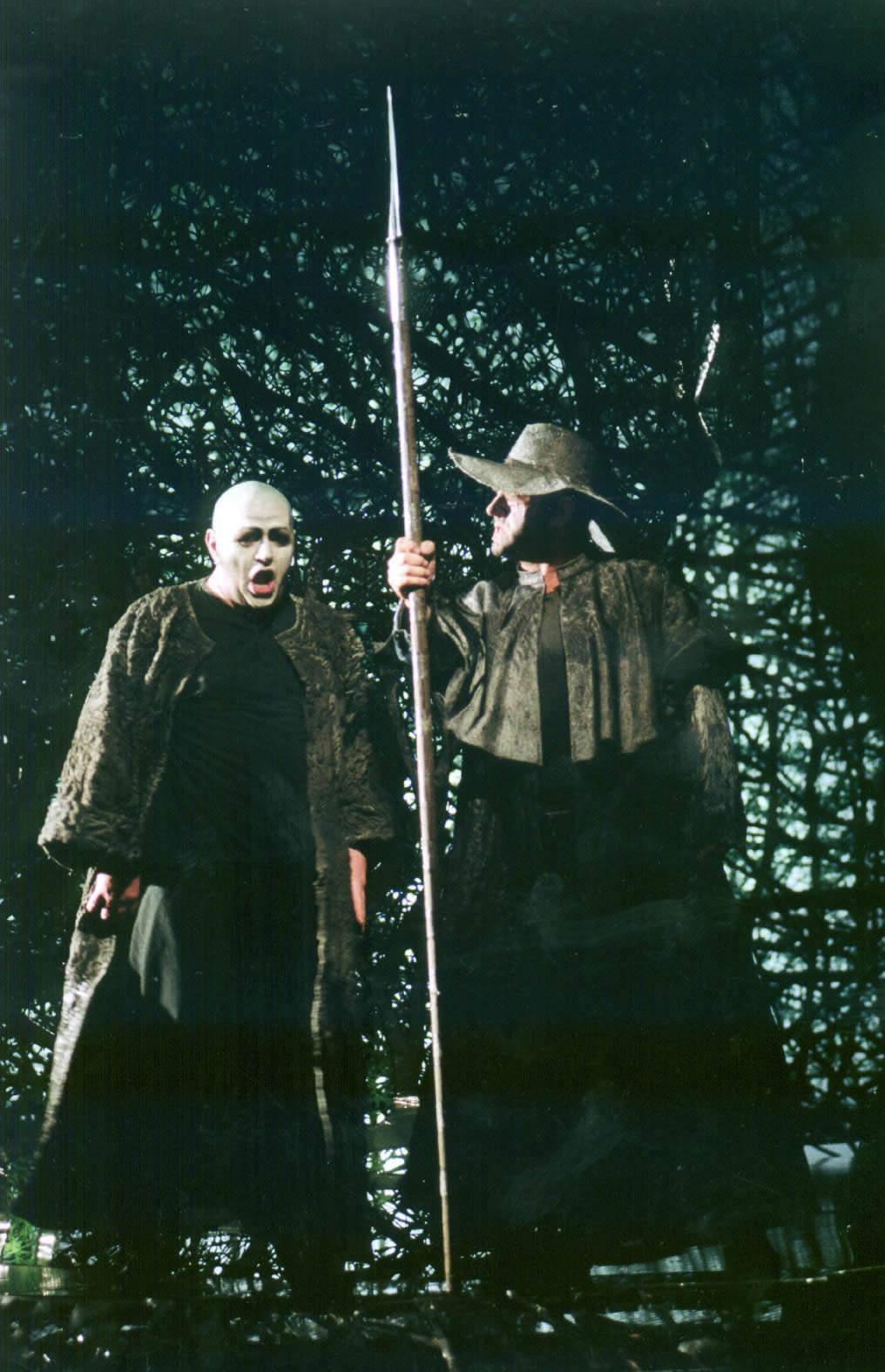 Jürgen Freier as Alberich & Hans-Peter Scheidegger as Der Wanderer